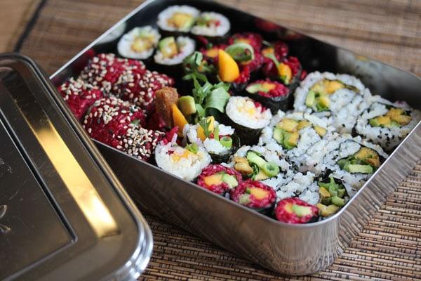 pink-sushi-_-bento