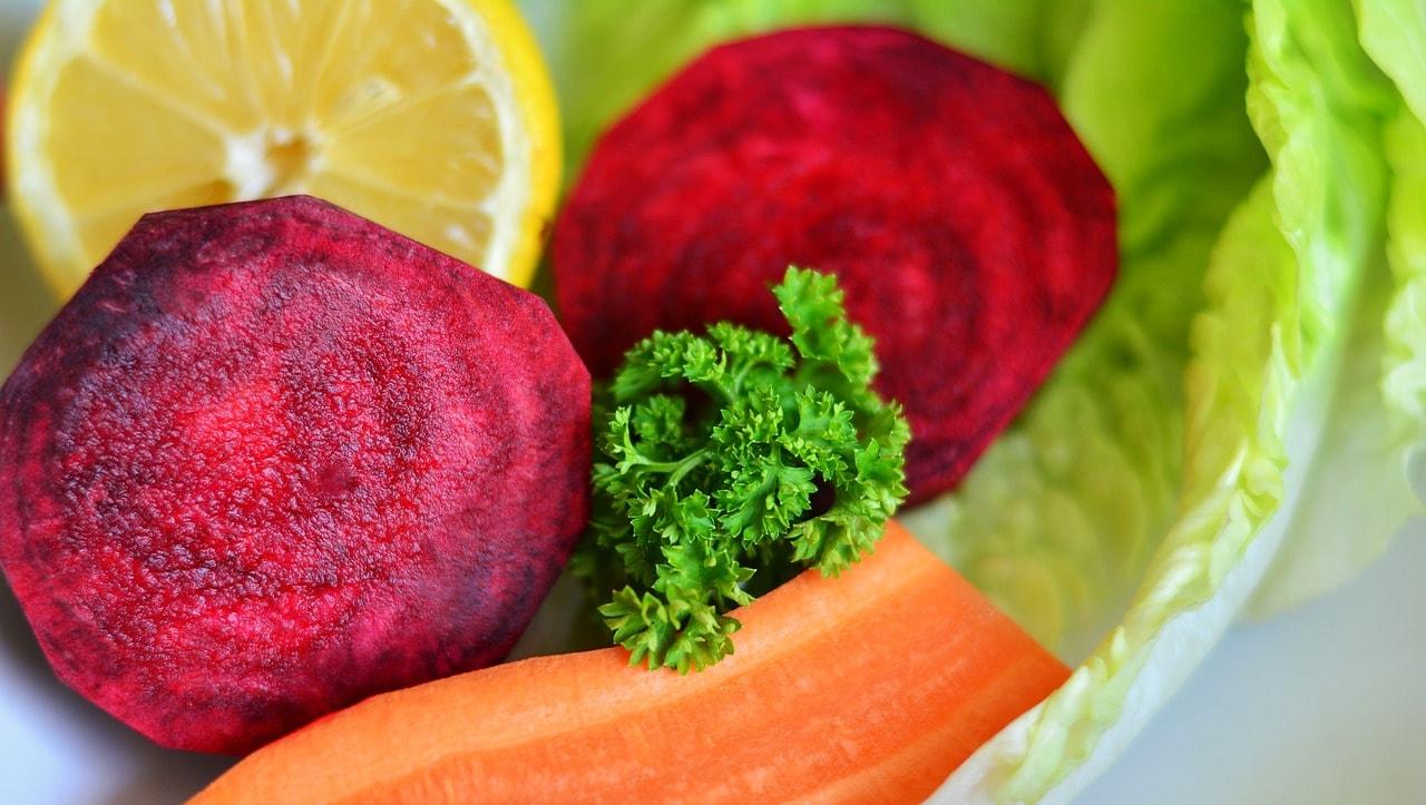 Eisenaufnahme und Vitamin C – wie viel ist nötig?