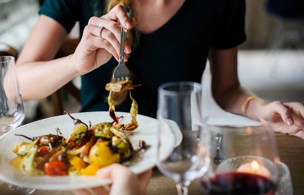Alles was du brauchst, damit dein veganes Raclette der Oberknaller wird – mit Checkliste